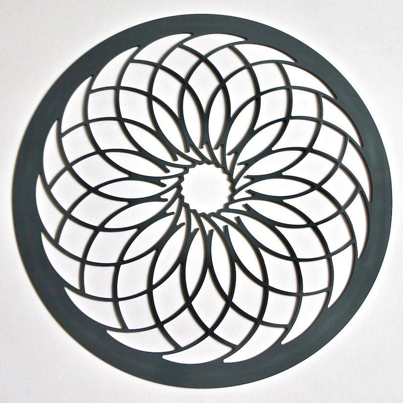 Erika Delia Design Crochet Grey Metal Tablemat For Home