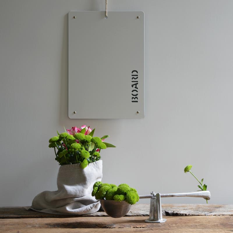 Erika D\'Elia Design | Lavagna magnetica in metallo per cucina, casa ...